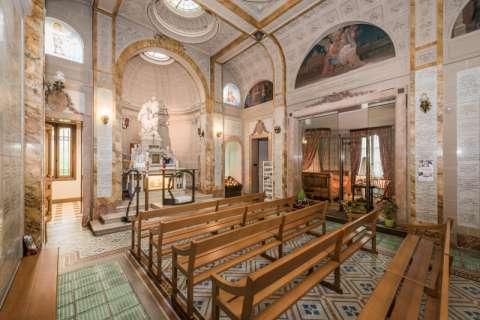 La Chapelle attenante à la maison des époux