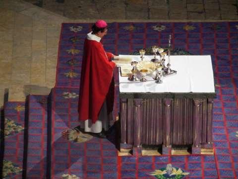 Grand autel sculpté par GOUDJI