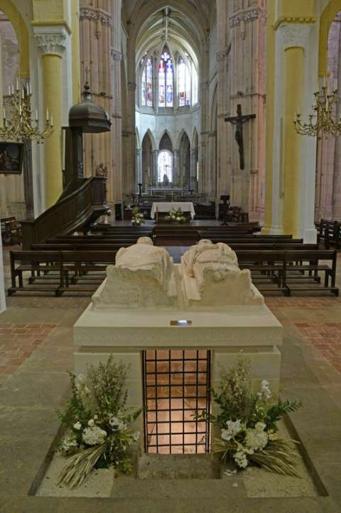 Le tombeau des abbés