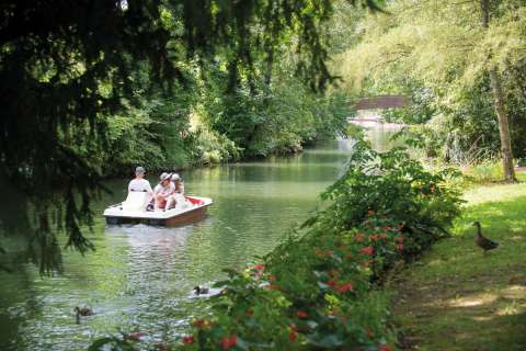 Pedal boating in Chartres