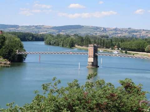 Trévoux en vallée de Saône