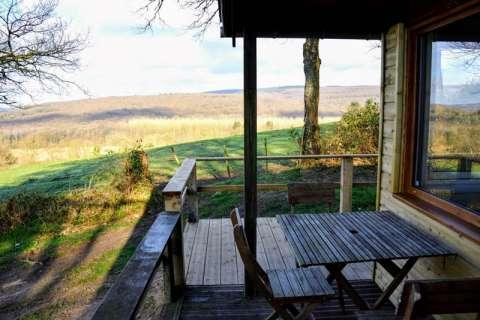 Cabane dans la campagne normande