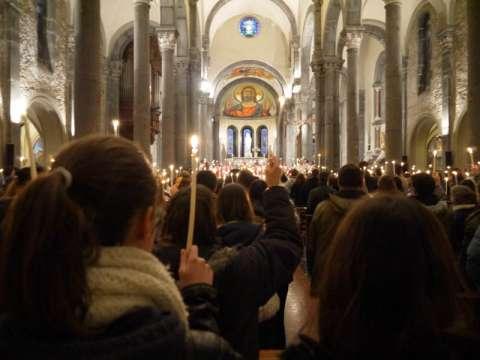 célébration à l'intérieur de la basilique