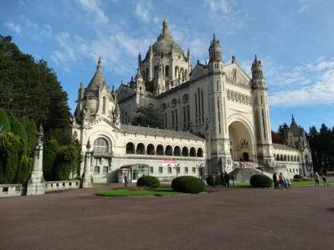 Basilique Saint Thérèse