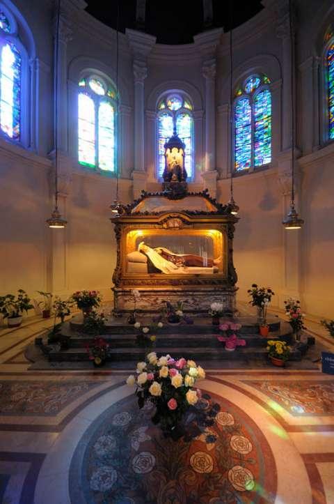 Chasse de Saint Thérèse au Carmel