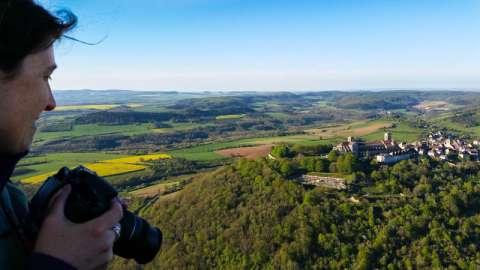Vézelay s'est développée sur un éperon rocheux